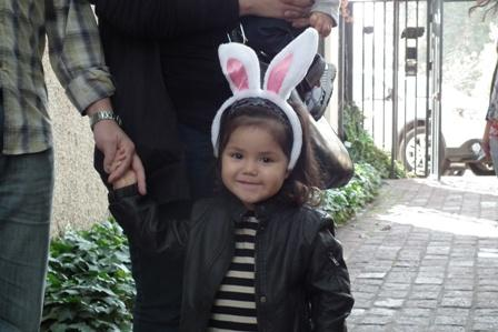 El Conejo de Pascua visita Bomba Los Guindos