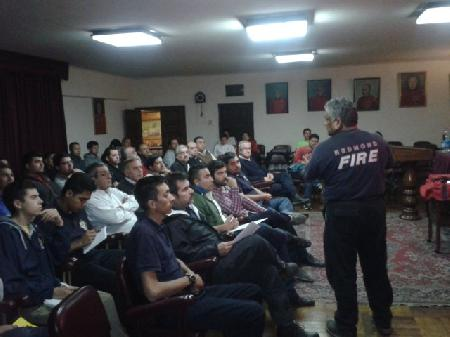 EXITOSA ACADEMIA DICTADA POR INSTRUCTOR NORTEAMERICANO EN NUESTRO CUARTEL