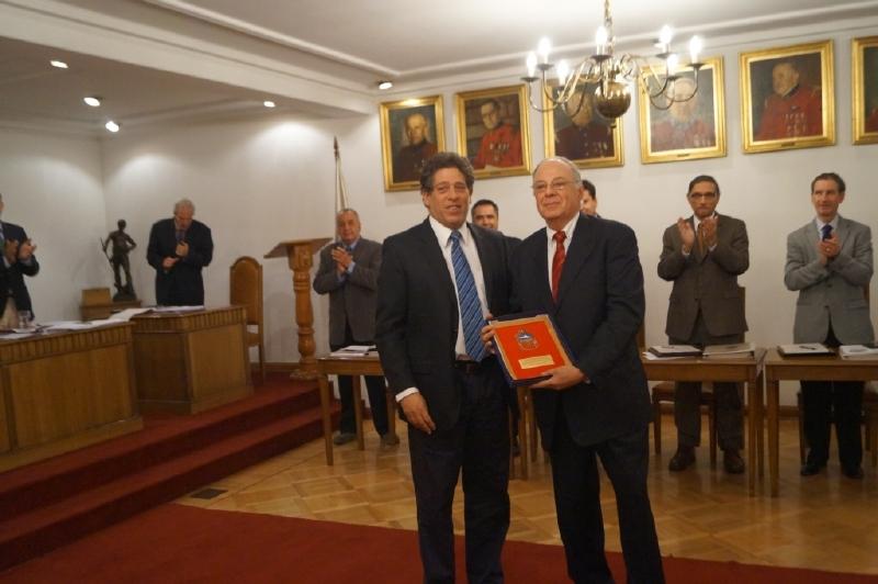 50 AÑOS DE SERVICIOS VOLUNTARIO HONORARIO ORLANDO TAPIA RICARDI
